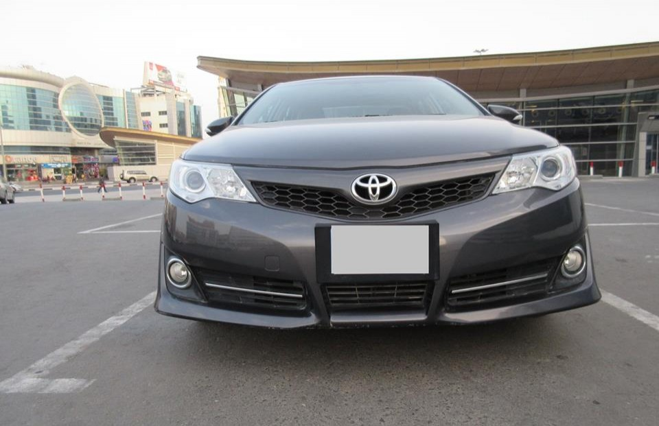 toyota camry used car carooza cars for sale in uae. Black Bedroom Furniture Sets. Home Design Ideas